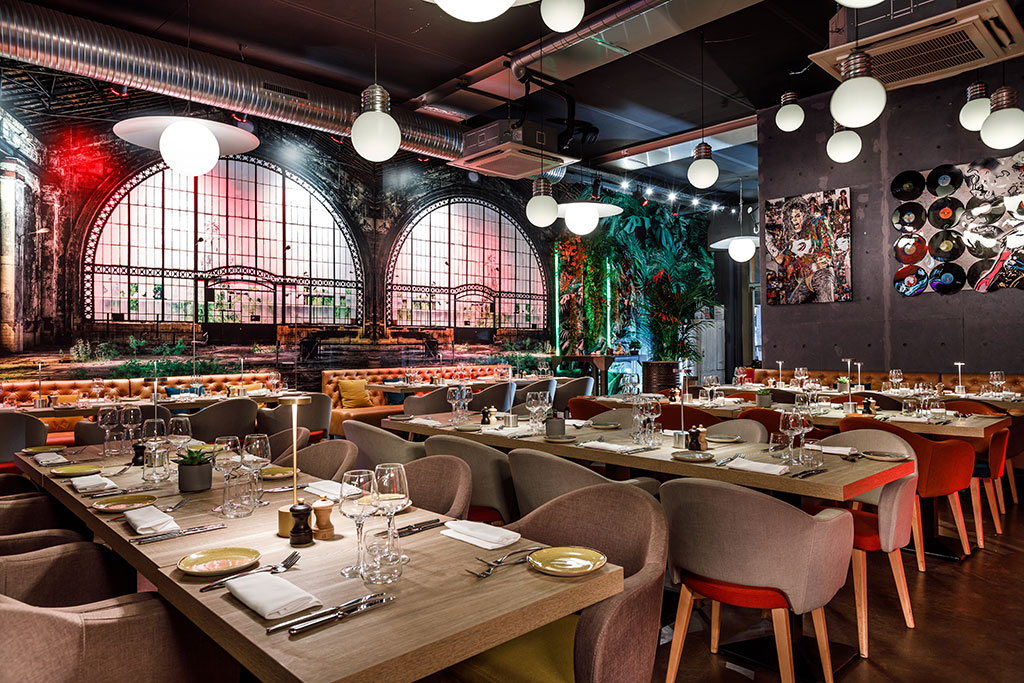 Tube concept, exceptional meat restaurant   LE TUBE ...